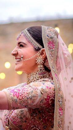 New Wedding Day Look Bridal Beauty 40 Ideas Indian Bridal Lehenga, Indian Bridal Outfits, Bridal Dresses, Sabyasachi Bride, Bollywood Wedding, Anushka Sharma, Indian Designer Wear, Bridal Looks, Fashion Week