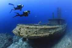 You'll find shipwrecks and coral reefs, exotic fishes and who knows what monsters! We take a look at some of the best places to go diving all round the planet. Abandoned Ships, Abandoned Places, Underwater Shipwreck, Best Scuba Diving, Underwater Photography, Ocean Life, Snorkeling, Under The Sea, Places To Go