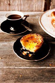 "junoharpoon: "" rusticmeetsvintage: "" Pratos-e-travessas Pastéis de nata - Portuguese custard tarts "" …wow, now I NEED one…. Portuguese Custard Tart Recipe, Portuguese Recipes, Portuguese Tarts, Portuguese Food, Tart Recipes, Sweet Recipes, Dessert Recipes, Egg Tart, Good Food"