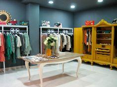 La primera sensación, una tienda muy coqueta, con ropa selecta y cuidada con cariño, como así debería ser en todas partes. mispecadosinconfesables.blogspot.com