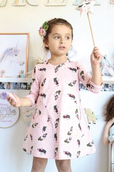 The Playtime Dress is the perfect base garment for summer or winter. This is a comfortable A-line Swing Dress that your girls will love. It can be made plain or make your front a feature with the fabulous circle pockets. Perfect teamed with stockings, socks or leggings. Youth sizes available in 1-14. Baby Sewing, Your Girl, Swing Dress, Dress Patterns, Sleeve Styles, Floral Tops, Stockings, Summer Dresses, Etsy