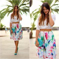 Look of the day: Choies Skirt, Sheinside Blouse, Zara Heels, #marilynscloset #fashionbloger #streetstyle #style #midiskirt #choies #lookbook #lookoftheday #midi #elegant #girl #bloguera #spain http://marilynsclosetblog.blogspot.com.es/2015/09/midi-printed-skirt.html