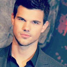 Taylor Lautner :) Sharkboy And Lavagirl, Mindless Behavior, Jake Miller, Im Single, Kissable Lips, Taylor Lautner, Jacob Black, Male Beauty, Cute Guys