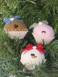Coco Berry and Nilla mini cupcake ornaments - pattern