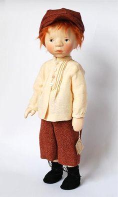 Всем доброго дня или ночи! Давно восхищаюсь творчеством а точнее изготовлением кукол из дерева Elisabeth Pongratz dolls. Элизабет родом из
