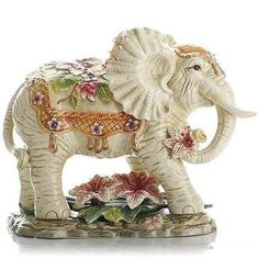 Adorable Ceramic Elephant Standing Home Decoration Ornament Little Elephant, Elephant Love, Elephant Stuff, Ceramic Elephant, Ceramic Art, Elefante Hindu, Elephant Home Decor, Sculptures, Lion Sculpture