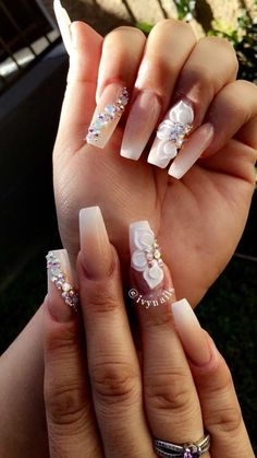 Pin by millie rodriguez on cute nails ongles vernis, ongles, Bride Nails, Prom Nails, Bling Wedding Nails, Long Nails, Nails Now, My Nails, Cute Nails, Pretty Nails, Stiletto Nail Art