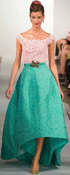 falda o vestido completo dos texturas