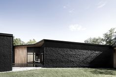 Image 9 of 24 from gallery of Screen House / Alain Carle Architecte. Photograph by Adrien Williams