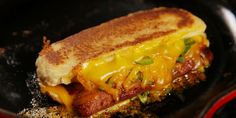 Grilled Cheese Dogs Recipe – Perfect a classic with hot dogs in this easy, cheesy recipe. Grilled Cheese Hot Dog, Cheese Dog, Grilled Sandwich, Soup And Sandwich, Steak Sandwiches, Grilled Cheeses, Vegan Cheese, Dog Recipes, Beef Recipes