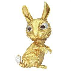 Tiffany & Co. Garnet Diamond 18K Gold Rabbit Brooch