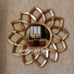 European Luxury Style Golden Copper Mirror with a Diameter of 78 cm Mirror Tv, Sun Mirror, Sunburst Mirror, Glass Fit, Mirror Cabinets, Luxury Home Decor, Decoration, Wall Decor, Decorative Mirrors