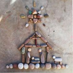 Stone Art Nativity Scene Sticker by Twigglings on Etsy Best Picture For Stone painting For Your Taste You are looking for something, and it is going to tell you exactly what you are looking for, Christmas Sewing, Christmas Nativity, Christmas Pebble Art, Beach Rock Art, Art Deco Bedroom, Rock And Pebbles, Nativity Crafts, Rock Crafts, Stone Art
