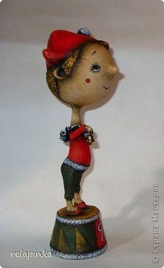 Очень подробный МК по созданию статуэтки из папье-маше: gfynb — ЖЖ Dolls, Christmas Ornaments, Interior Design, Holiday Decor, Biscuit, Crafts, Home Decor, Paper Mache, Paper Envelopes
