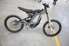 Electric Dirt Bike that's going to be a Game Changer - SUR RON FIREFLY Electric Dirt bike designed to the last detail with price tag of 2000 USD + UNDER 50kg This Electric Dirt bike is made
