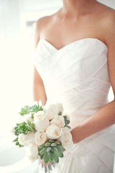 White roses and assorted succulents bouquet: Atelier Cecilia Rosslee: INSPIRATION