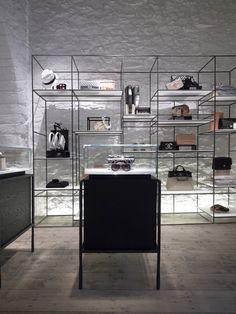 Linea Piu boutique by Kois Associated Architects, Mykonos   Greece store design