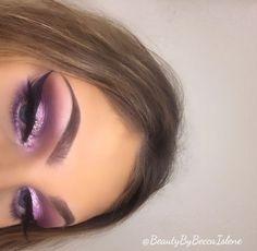eyeliner – Great Make Up Ideas Glam Makeup, Eye Makeup Glitter, Makeup On Fleek, Kiss Makeup, Cute Makeup, Gorgeous Makeup, Pretty Makeup, Makeup Inspo, Makeup Inspiration