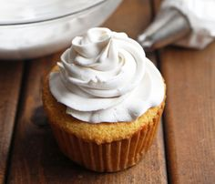 How To Make Whipped Coconut Cream – LeelaLicious-Light and fluffy frosting that is entirely dairy free! Find out how to make whipped coconut cream that is vegan, paleo friendly and clean eating. Fluffy Frosting Recipes, Coconut Cream Frosting, Vegan Frosting, Coconut Whipped Cream, Coconut Milk, Paleo Frosting, Dairy Free Frosting, Coconut Icing, Whipped Frosting