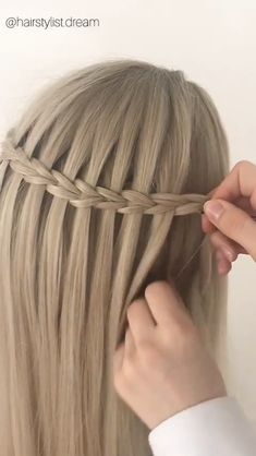 Scissor Waterfall braid - Braids Tutorial- Scissor Waterfall braid Tutorial for scissor waterfall braid on Beachy Blonde Wig - Curly Hair Styles, Natural Hair Styles, Hair Braiding Styles, Hair Upstyles, Synthetic Lace Front Wigs, Synthetic Wigs, Hair Videos, Hair Designs, Hair Hacks