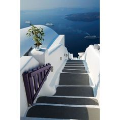 Stairs to the Sea, Santorini, Greece (The Best Travel Photos) ❤ liked on Polyvore featuring backgrounds and places