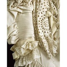 Day gown of woollen cloth, velvet, lace and embroidered cutwork, possibly made in England or France, Museum Number Vintage Girls, Vintage Dresses, Cutwork Embroidery, Embroidery Designs, Tea Gown, 1920s Outfits, Period Outfit, Linens And Lace, Wool Dress