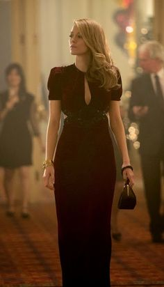 Blake Lively in The Age of Adaline, all of her looks were amazing in this movie Blake Lively Moda, Blake Lively Style, Für Immer Adaline, Pretty Dresses, Beautiful Dresses, Gorgeous Dress, Age Of Adaline, Looks Party, Dream Dress
