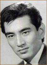 Кен Такакура (Ken Takakura, 健 高倉)