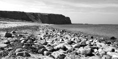 awesome Fotografie »Helgoland Nord-Strand«,  #Meerbilder #Naturansichten #Schwarzweiß