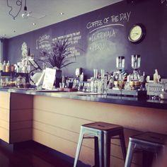 Pure boutique cafe