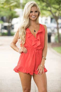 You're Worth Falling For Romper Red - The Pink Lily Beautiful Blonde Girl, Beautiful Girl Image, Beautiful Women, Lovely Dresses, Sexy Dresses, Casual Dresses, Pink Lily, Leggings, Models