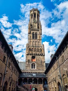 This Bruges 1 day itinerary covers the city's highlights and still leaves time for an afternoon beer break. Plan a Bruges day trip with this detailed guide. Old Windmills, London Guide, Europe Travel Guide, Walking Tour, Have Time, Travel Inspiration, Traveling By Yourself, Belgium Bruges, Places To Visit