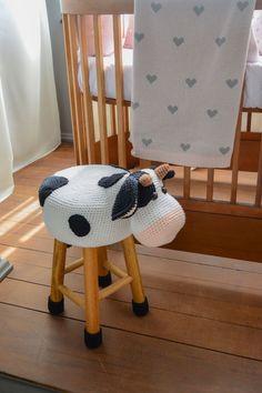 Crochet Baby Toys, Crochet Animals, Diy Crochet, Crochet Furniture, Baby Room Furniture, Stool Covers, Baby Room Diy, Kids Room Design, Clothes Crafts