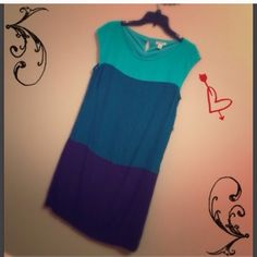 Old navy block dress Beautiful teal with navy blue block dress great for work and church 100% rayon the necklace not include Old Navy Dresses Midi