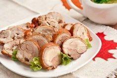 Отварная курица с эффектом копчения. Вкуснятина без канцерогенов и химии. Готовиться просто, в отваре луковой шелухи.