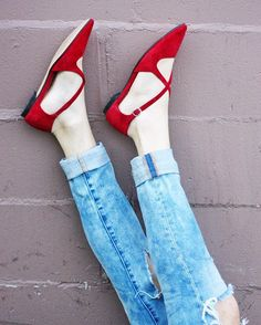 Red, white & blue featuring the J.Jill cross-strap suede flats.  (Photo courtesy of @sistersmarie)
