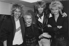 Cyndi with Platinum blonde, Thanx Cyndi Lauper Latin Club for this pic.