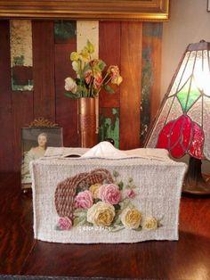 햄프가방(캐비지로즈) : 네이버 블로그 Embroidery Flowers Pattern, Flower Patterns, Crazy Quilt Blocks, Brazilian Embroidery, Flower Basket, Content Marketing, Internet Marketing, Media Marketing, Digital Marketing