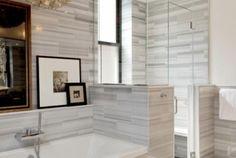 Carrelage gris clair en pièces horizontales neutralité salle de bains
