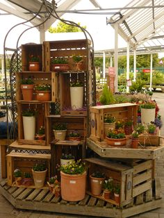 simple, but visually interesting because of the varying heights  Hillier Garden Centre - Autumn Container Displays 2013