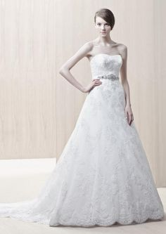 A-line sexy Strapless sweetheart lace flower sweep train white 2012 spring Enzoani Wedding Dresses Strapless Lace Wedding Dress, 2015 Wedding Dresses, Wedding Dress Sizes, Elegant Wedding Dress, Bridal Dresses, Wedding Gowns, Flower Girl Dresses, Bridesmaid Dresses, Prom Dresses