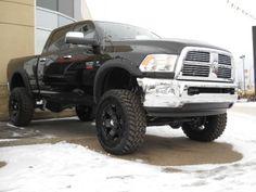 2013 Dodge Ram 2500 Turbo Cummins Diesel- I want a diesel!!! Stick shift.. make that Black smoke baby!!!