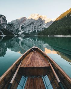 Boat ride in romantic Lake Braies, South Tyrol - Italy South Tyrol, Outdoor Gear, Mount Everest, Tent, Wanderlust, Take That, Romantic, Italy, Mountains