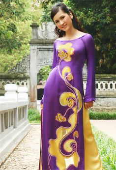 Ao dai- neckline RP by splashtablet.com, the cool iPad for showering with your tablet ;)