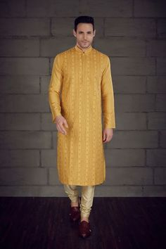 Benzerworld presents latest designer Indian wedding attire for men and women,elegant bridal outfits,exquisite ethnic wear and eclectic jewelry collection Indian Groom Wear, Sherwani, Man Photo, Bridal Outfits, Churidar, Wedding Attire, Indian Outfits, Latest Trends, Menswear