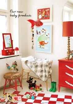 Piensa en rojo para el cuarto de un bebe...