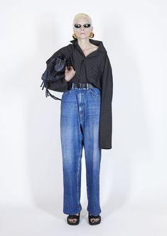 Fashion Week Paris, Fashion Show, Fashion Trends, Balenciaga Spring, Prada Spring, Valentino, Baggy Trousers, Moda Paris, Donatella Versace