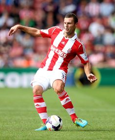 Erik Pieters Photos - Erik Pieters of Stoke during a Pre Season Friendly between Stoke City and Genoa at Britannia Stadium on August 2013 in Stoke, England. - Stoke City v Genoa - Pre Season Friendly Stoke City Fc, Genoa, Premier League, Manchester, Soccer, Running, Sports, Hs Sports, Futbol