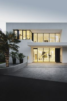 "envyavenue: ""Casa Mayer / Monovolume Architecture """