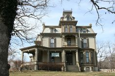 justhouses:  Garth Woodside Mansion was built in 1871 just outside Hannibal, Missouri in a second-empire style. The house that used to belong to a friend of Mark Twain's now serves as a three-star bed and breakfast.